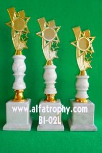 Trophy Murah